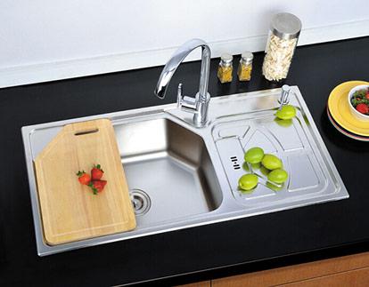 厨房水龙头图片 厨房水龙头效果图