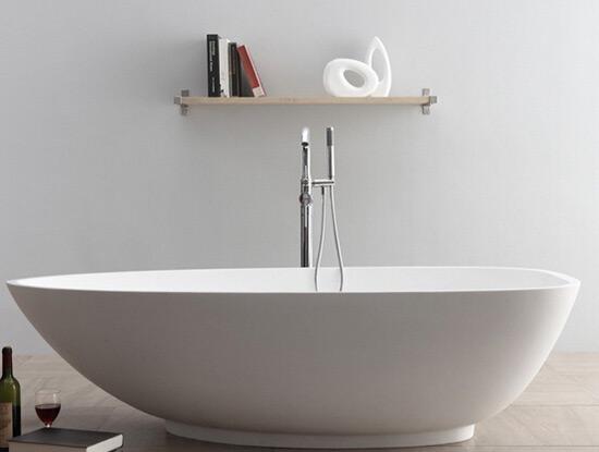 卫生间浴缸材质 浴缸材质的选择