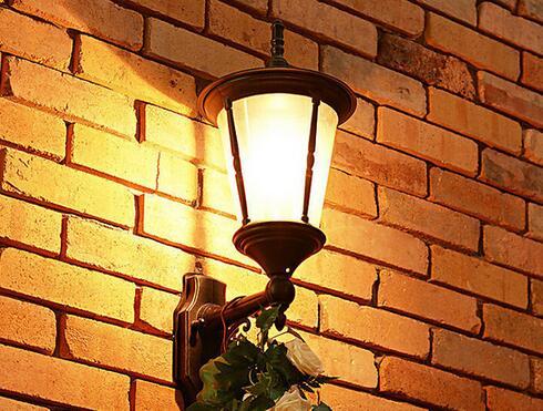 室外壁灯安装高度 室内外壁灯的安装高度