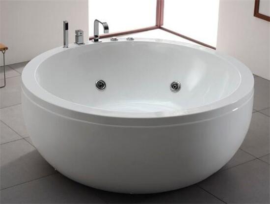 圆形浴缸效果图