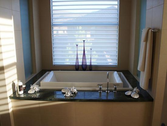 砖砌浴缸高度大概多高?